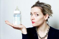 как проверить не испортилось ли сцеженное молоко
