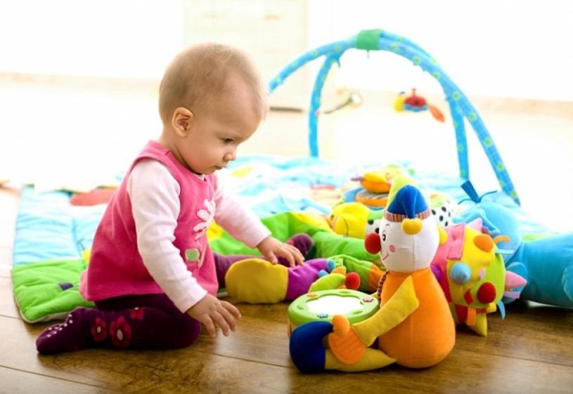 Сон и бодрствование ребенка в 9 месяцев