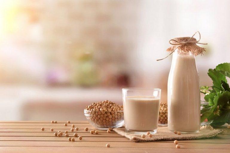 Соевое молоко при грудном вскармливании